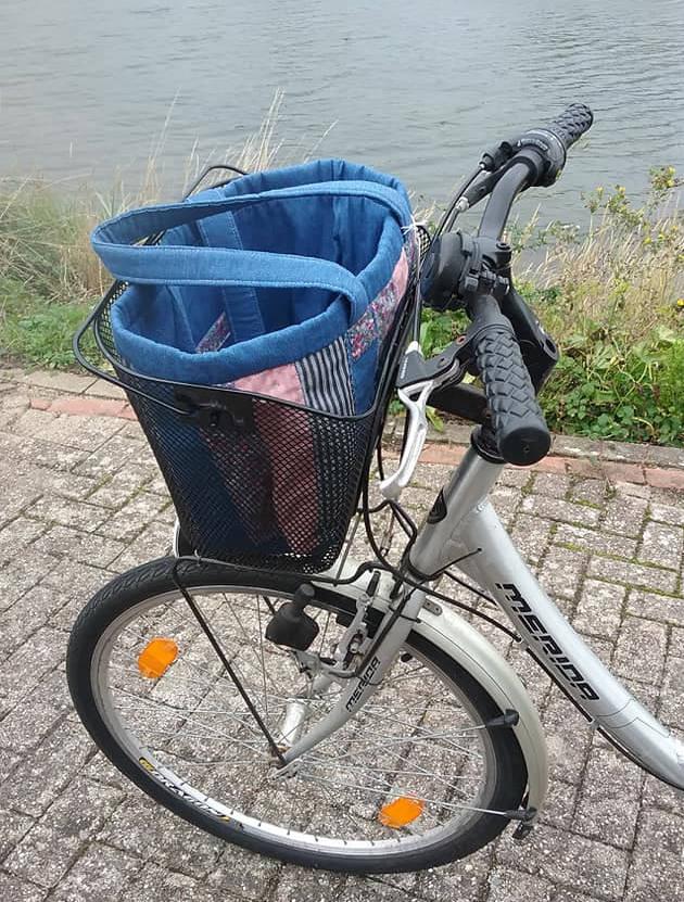 Patchwork bike basket bag